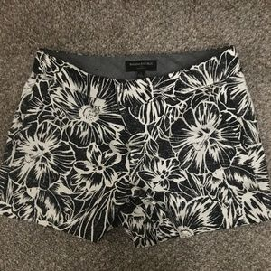 Banana Republic Hampton Fit Flower Shorts